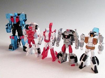 Transformers Unite Warriors UW-03 Defensor